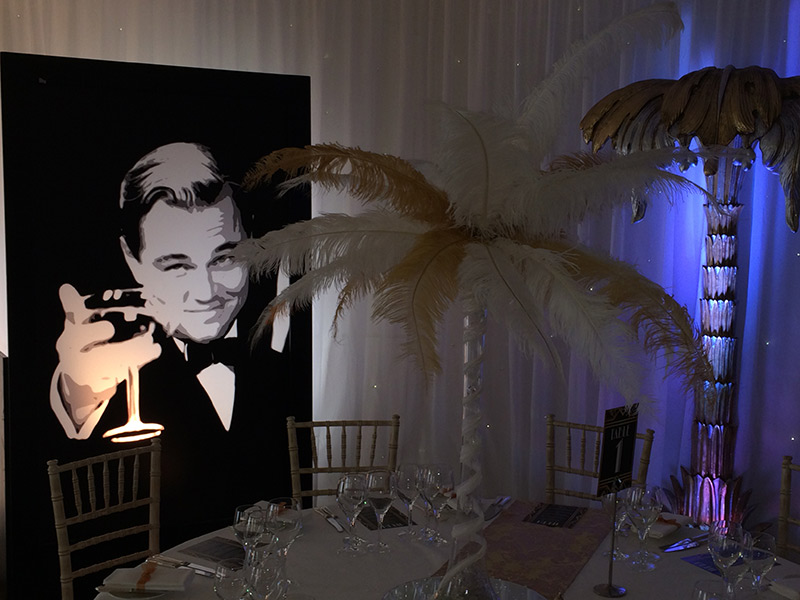 the main theme of the great gatsby by f scott fitzgerald In the great gatsby one of fitzgerald's main themes is his disgust with the themes that f scott fitzgerald incorporates into his novels are often.